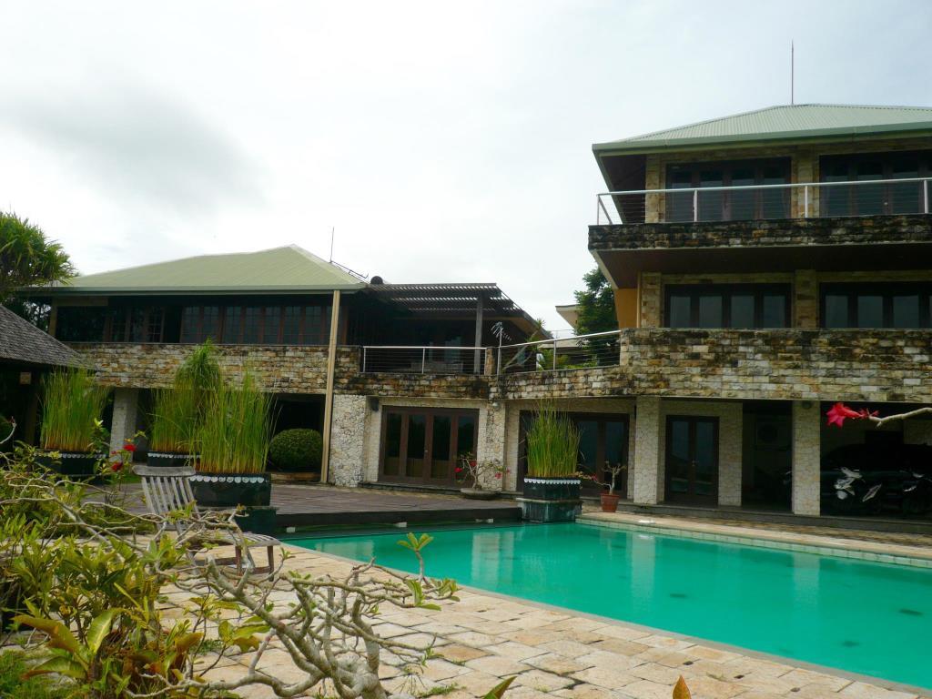 The Rishi Balangan, Badung