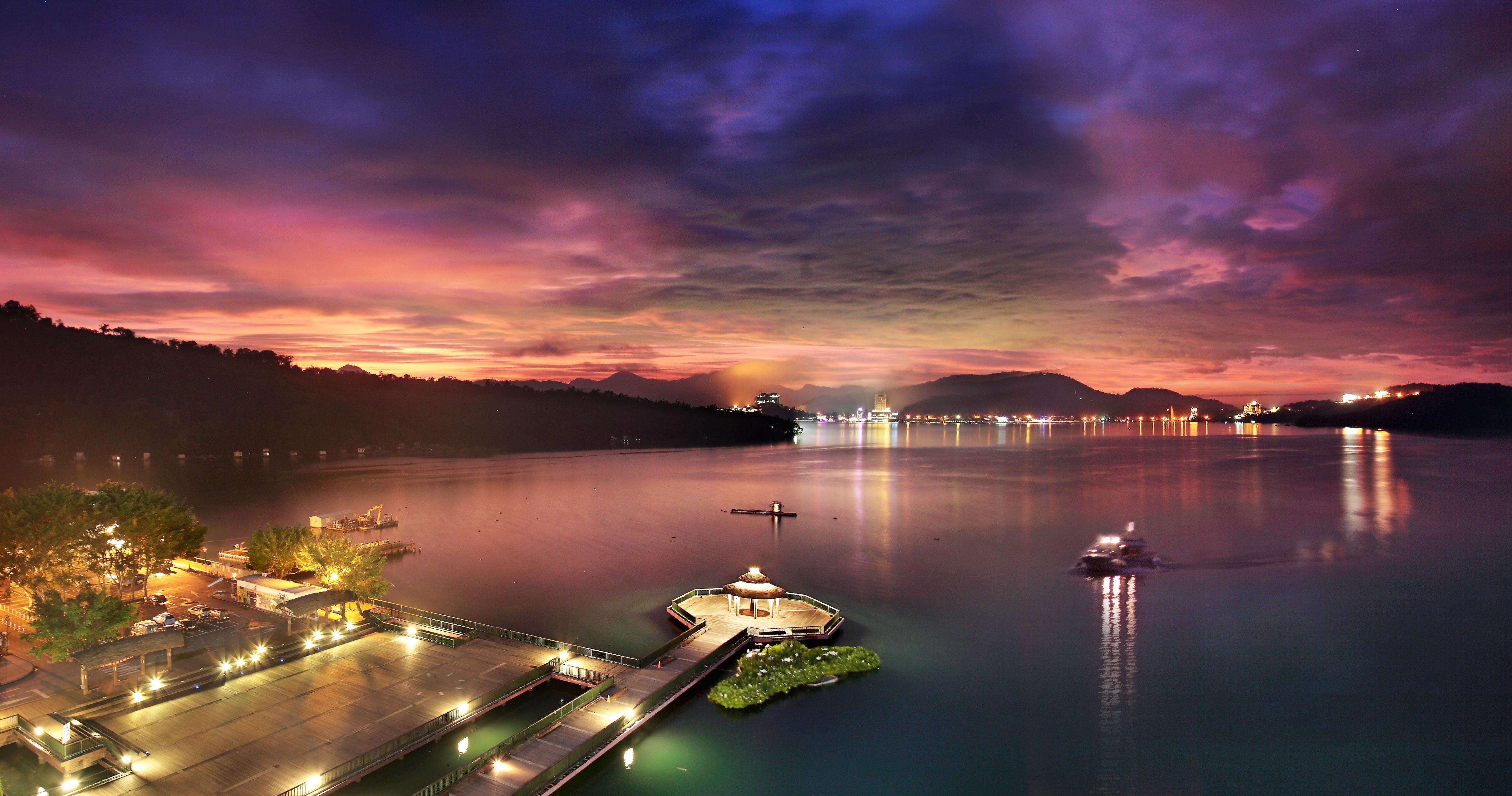 The Crystal Resort Sun Moon Lake, Nantou