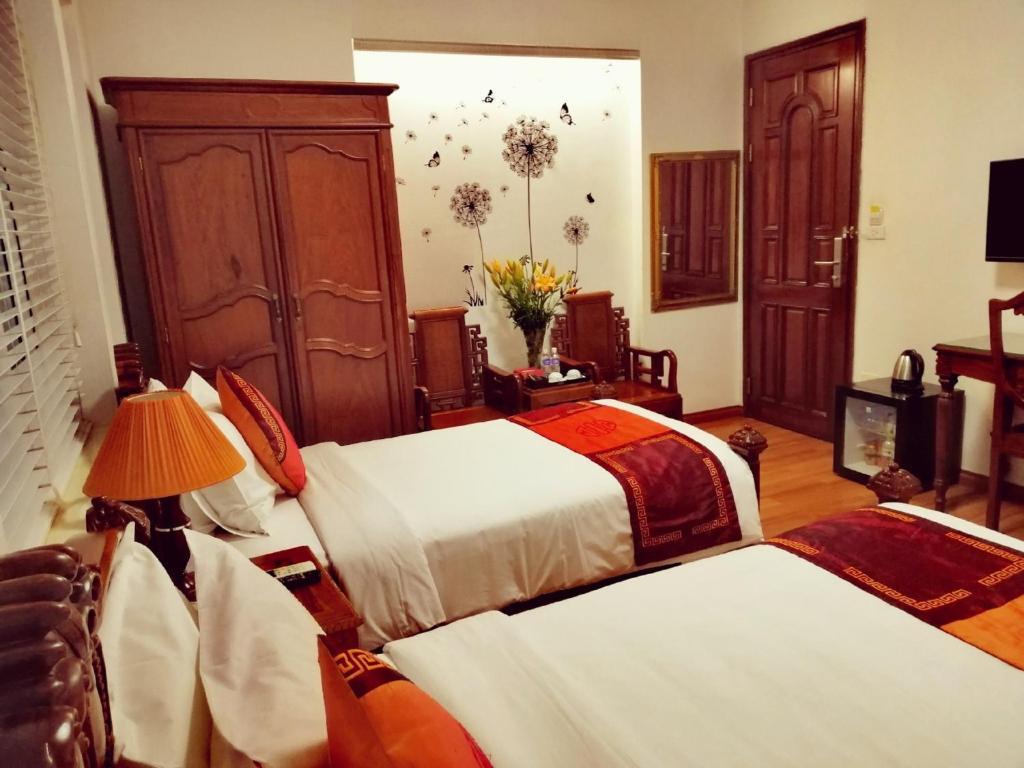 Phoenix Palace Hotel, Hoàn Kiếm