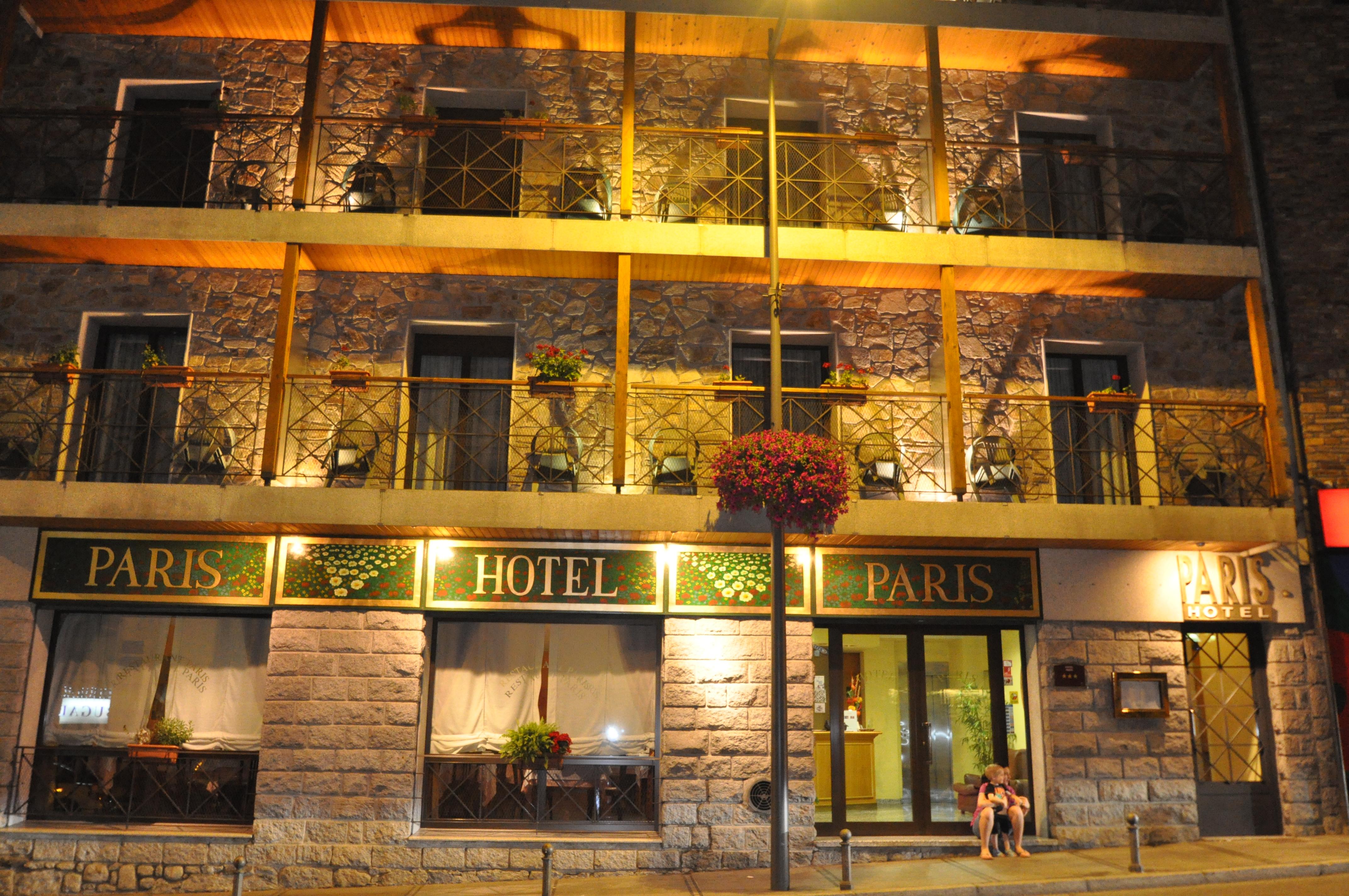 Paris Hotel,