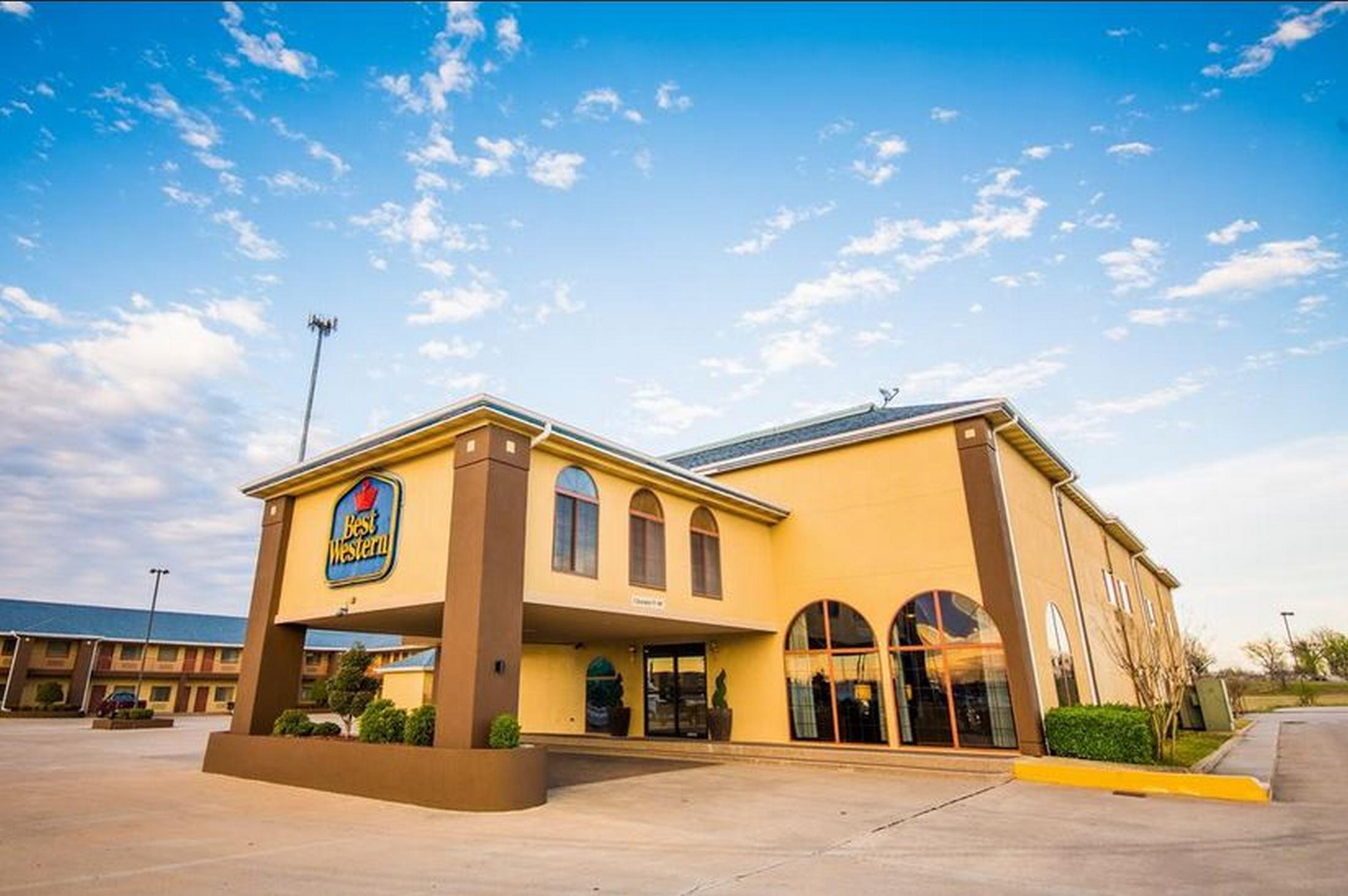 Quality Inn & Suites Owasso, Tulsa