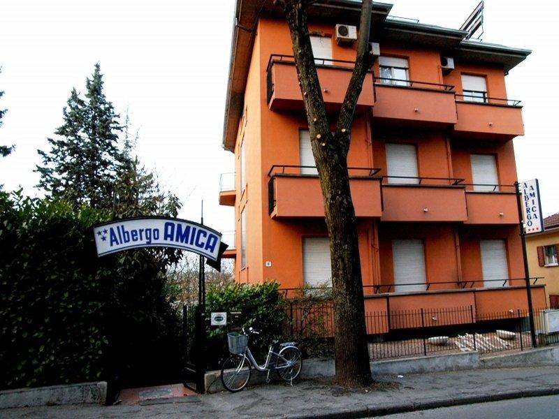 Amica, Parma