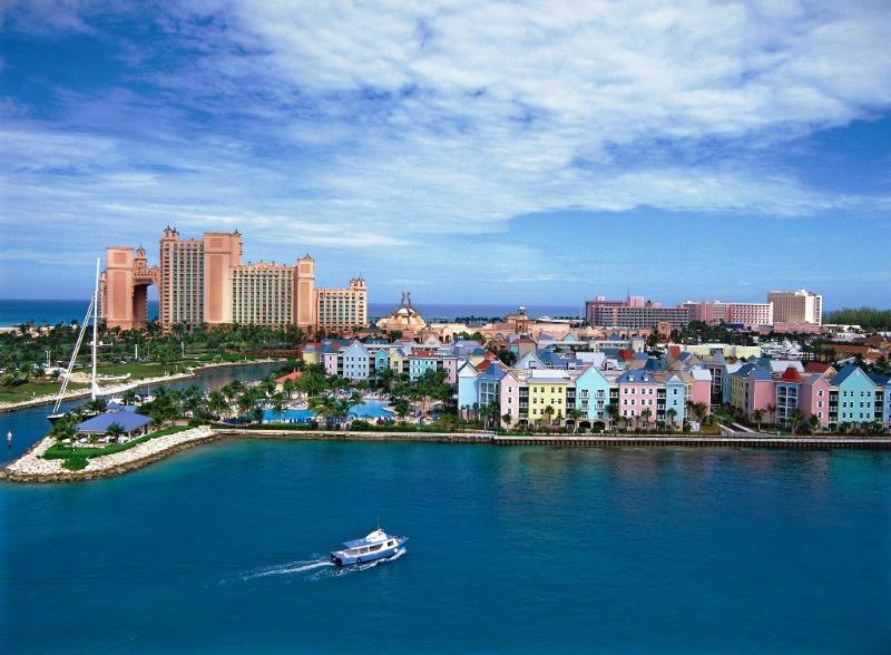 Atlantis Harborside Resort,