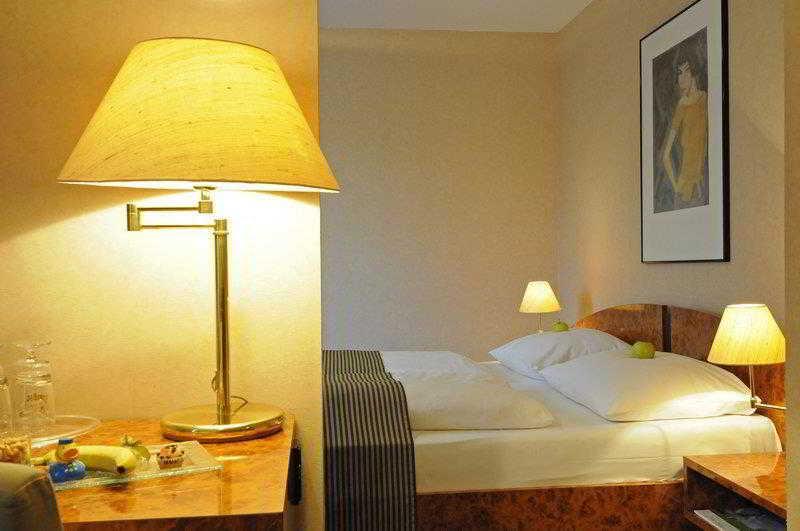 Hotel Ypsilon, Essen