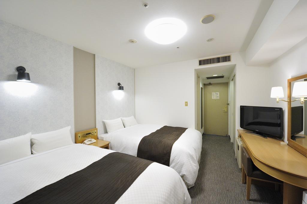 Court Hotel Shinyokohama, Yokohama