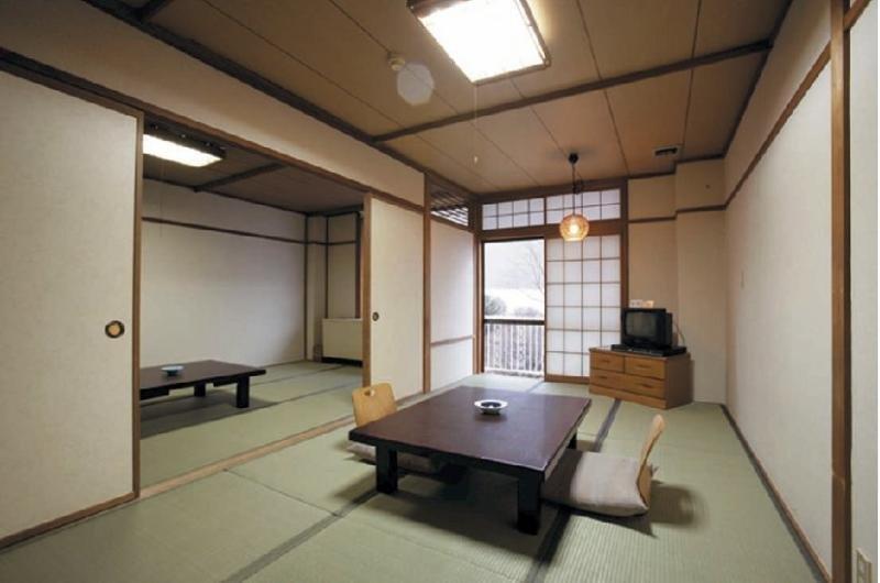 Yokoya Onsen Ryokan, Chino