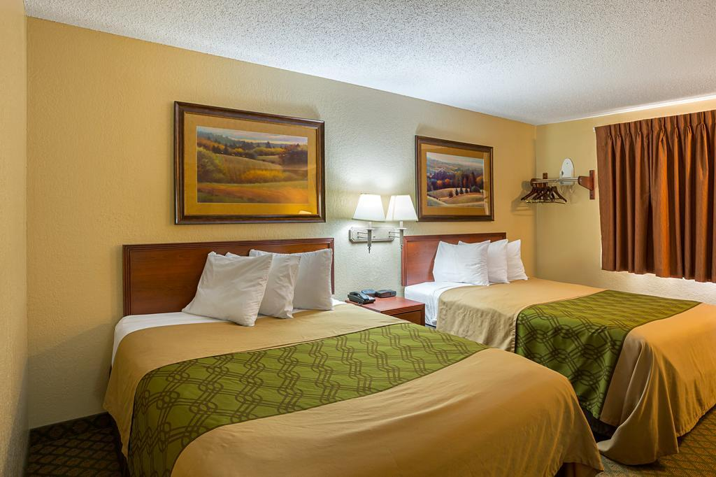 Rodeway Inn & Suites, Buffalo