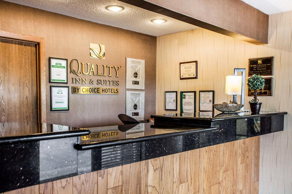 Quality Inn & Suites Davenport near I-80, Scott