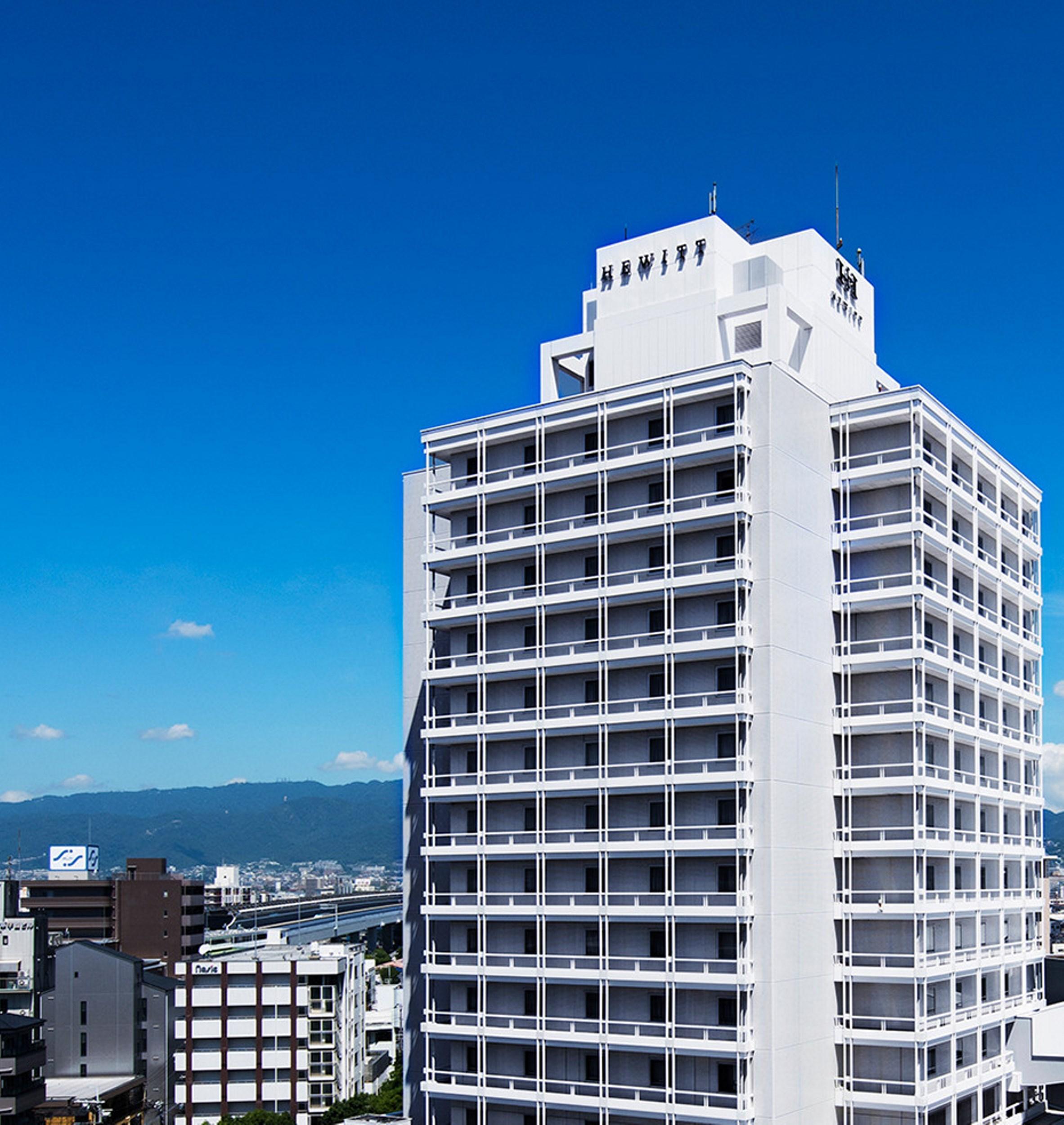 Hewitt Koshen, Nishinomiya