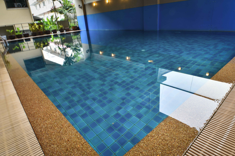 Boss Suites Nana Hotel, Khlong Toey