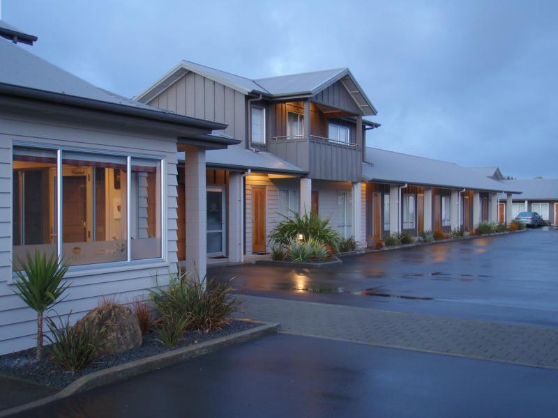Arena Lodge, Palmerston North