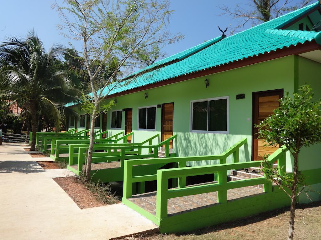 Tontarn Resort  Spa, Khanom