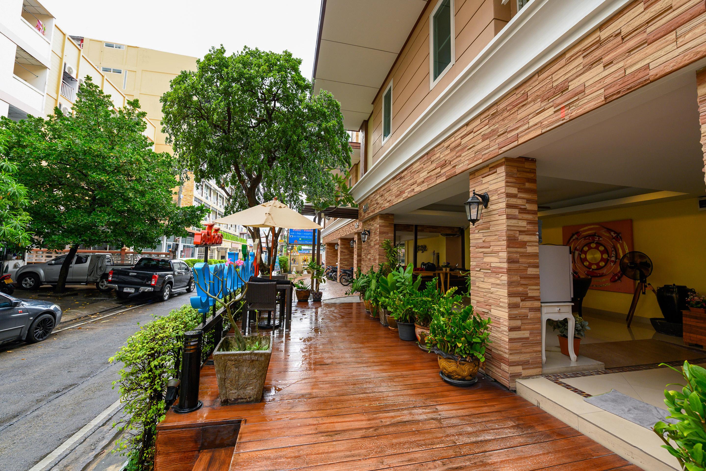Salin Home Hotel Ramkhamhaeng, Bang Kapi