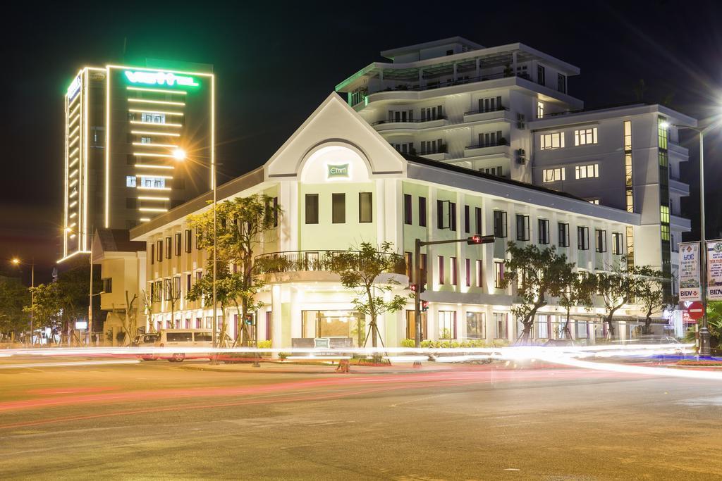 EMM HOTEL HUE, Huế