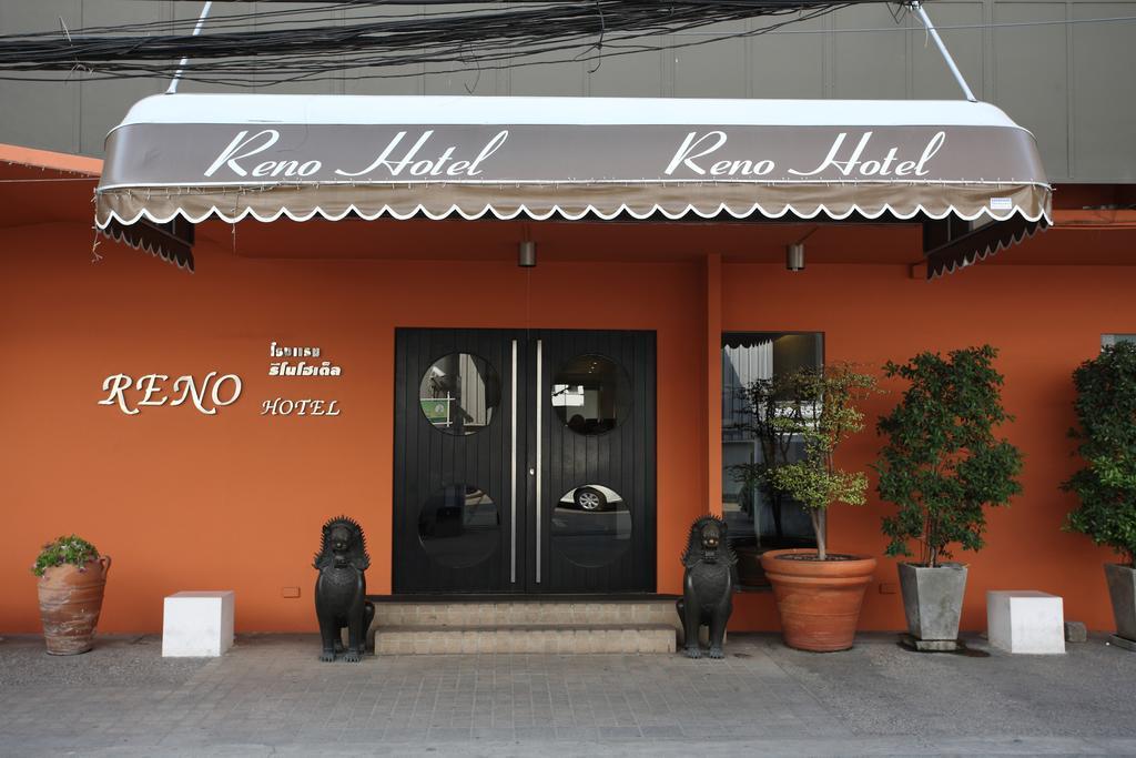 Reno Hotel, Pathum Wan