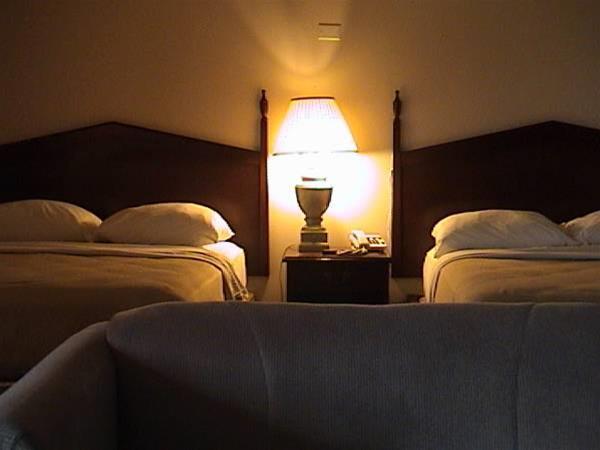 Leelas Villa Inn Flesherton, Grey