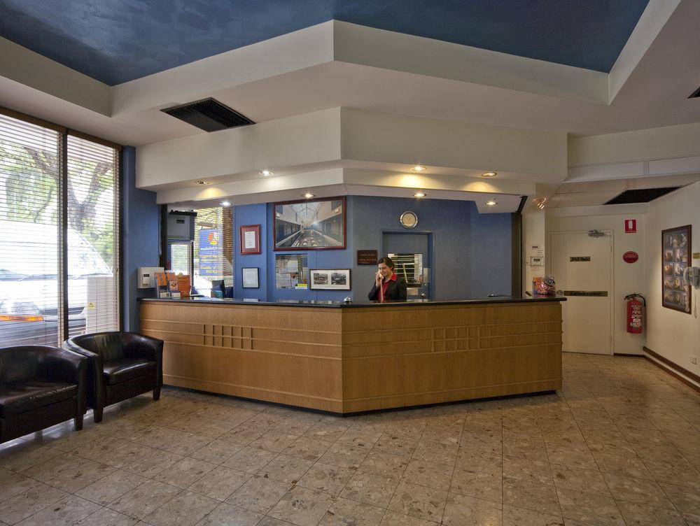 Capital Executive Apartment Hotel Canberra, Braddon
