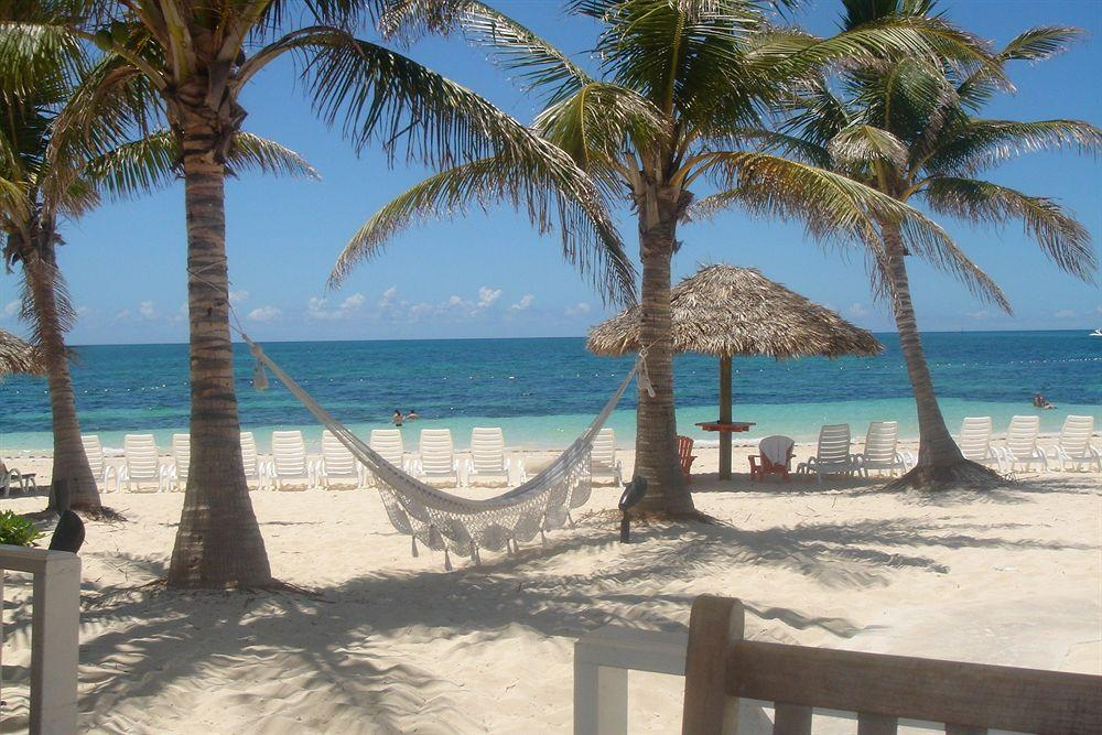 Flamingo Bay & Taino Beach Club,