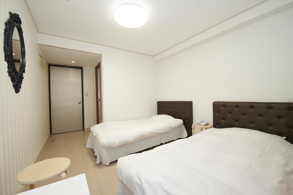 Hotel Empire in Shinjuku, Nakano