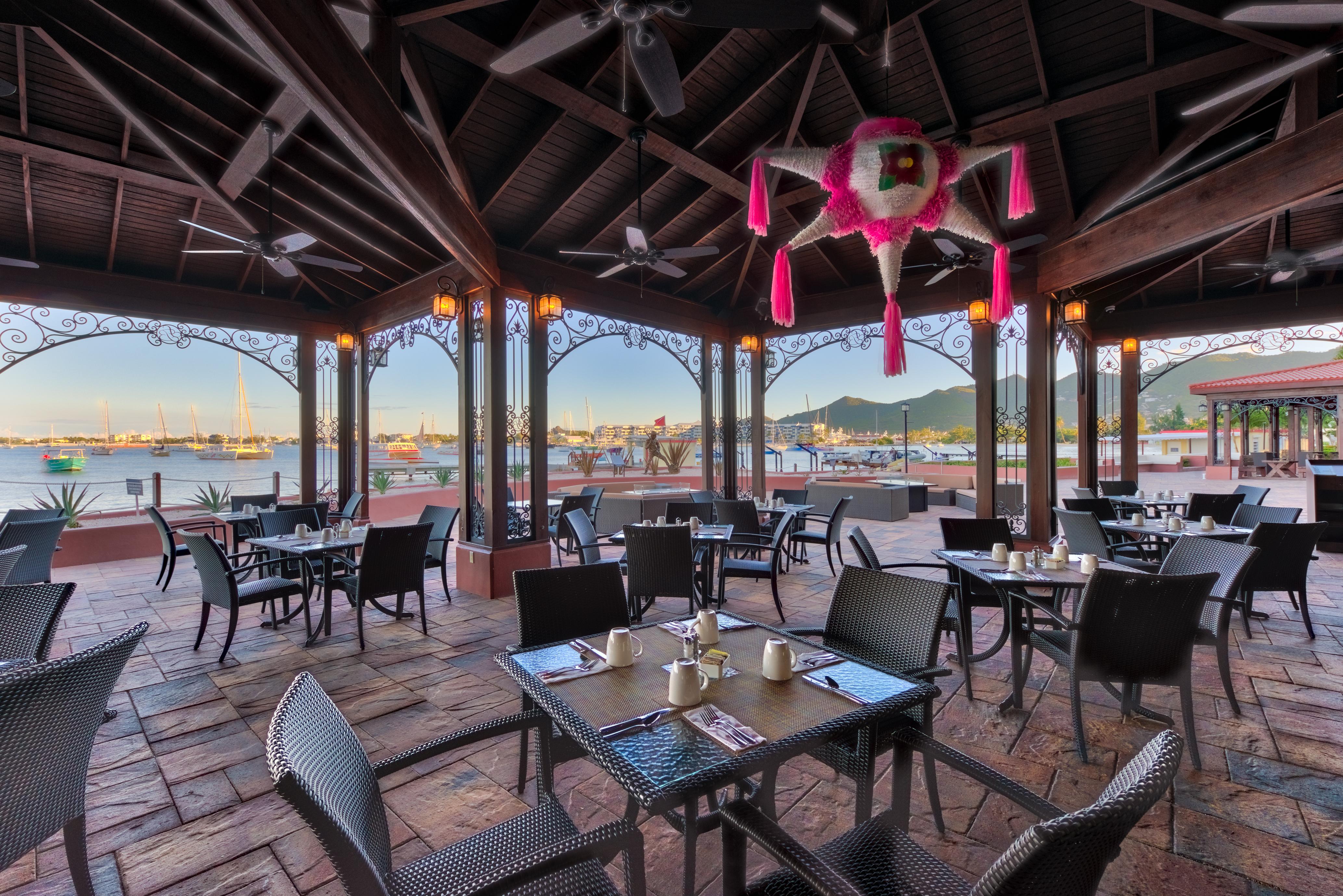 Simpson-Bay-Beach-Resort-and-Marina