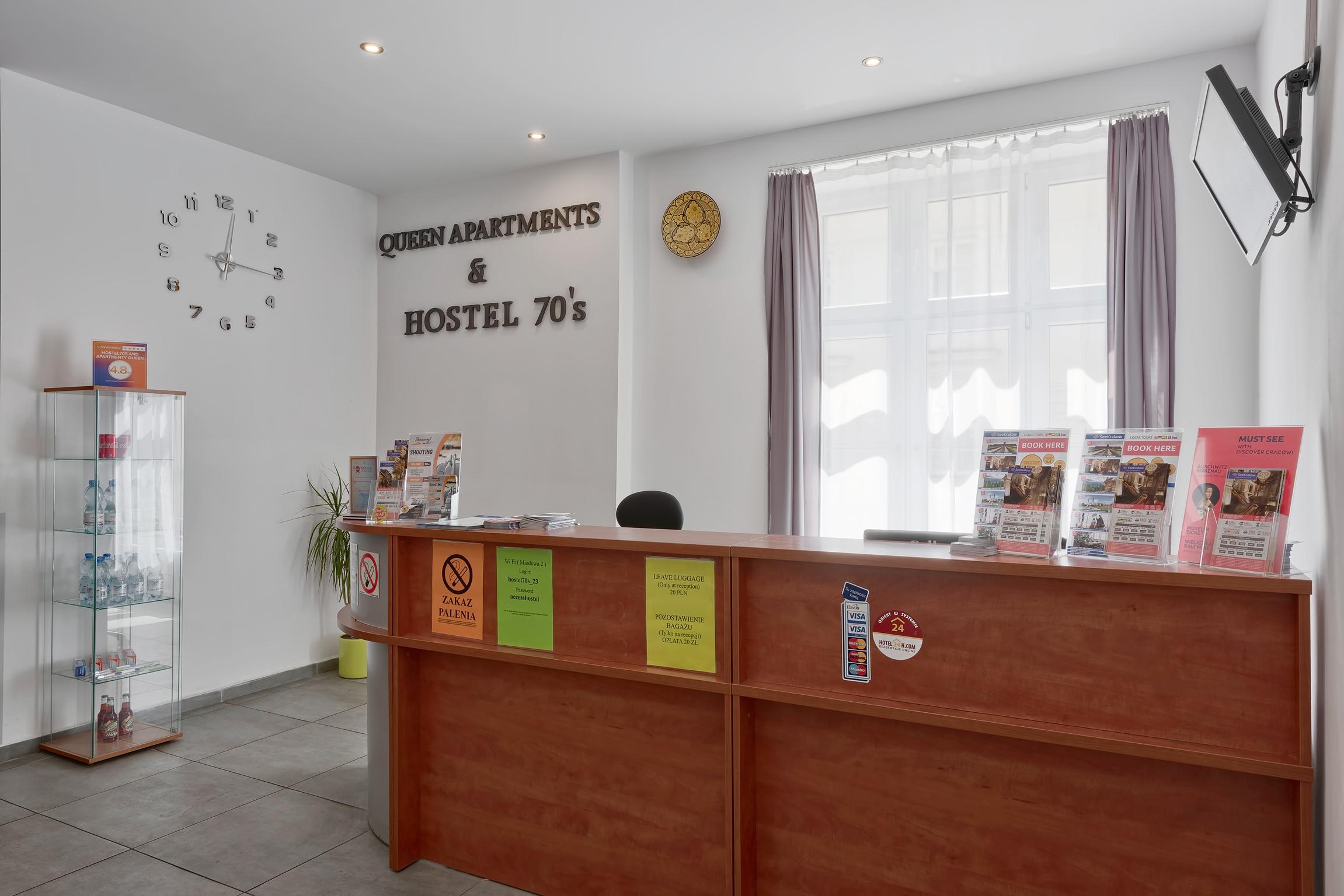 Hostel 70s