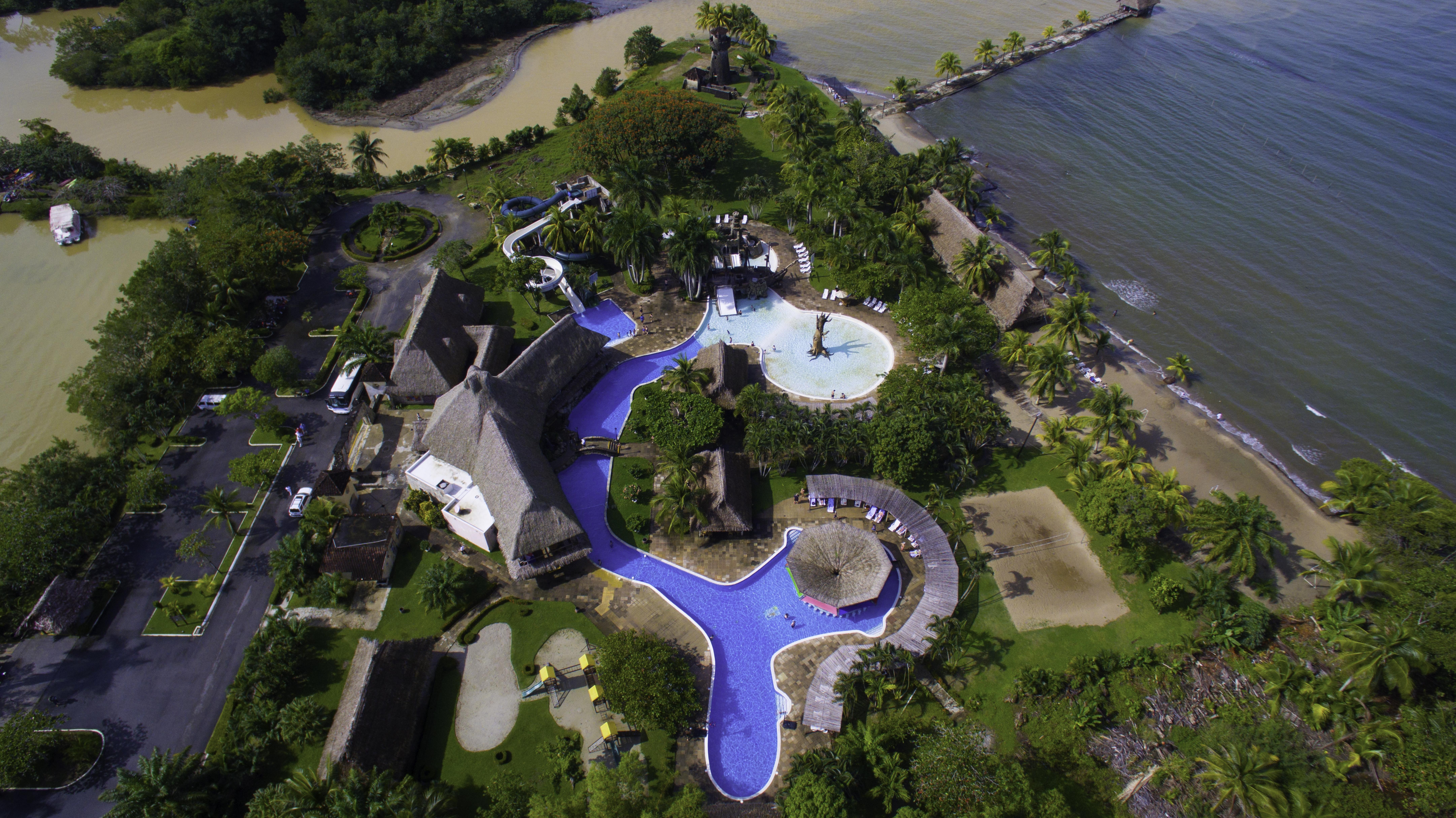 Hotel Amatique Bay, Puerto Barrios