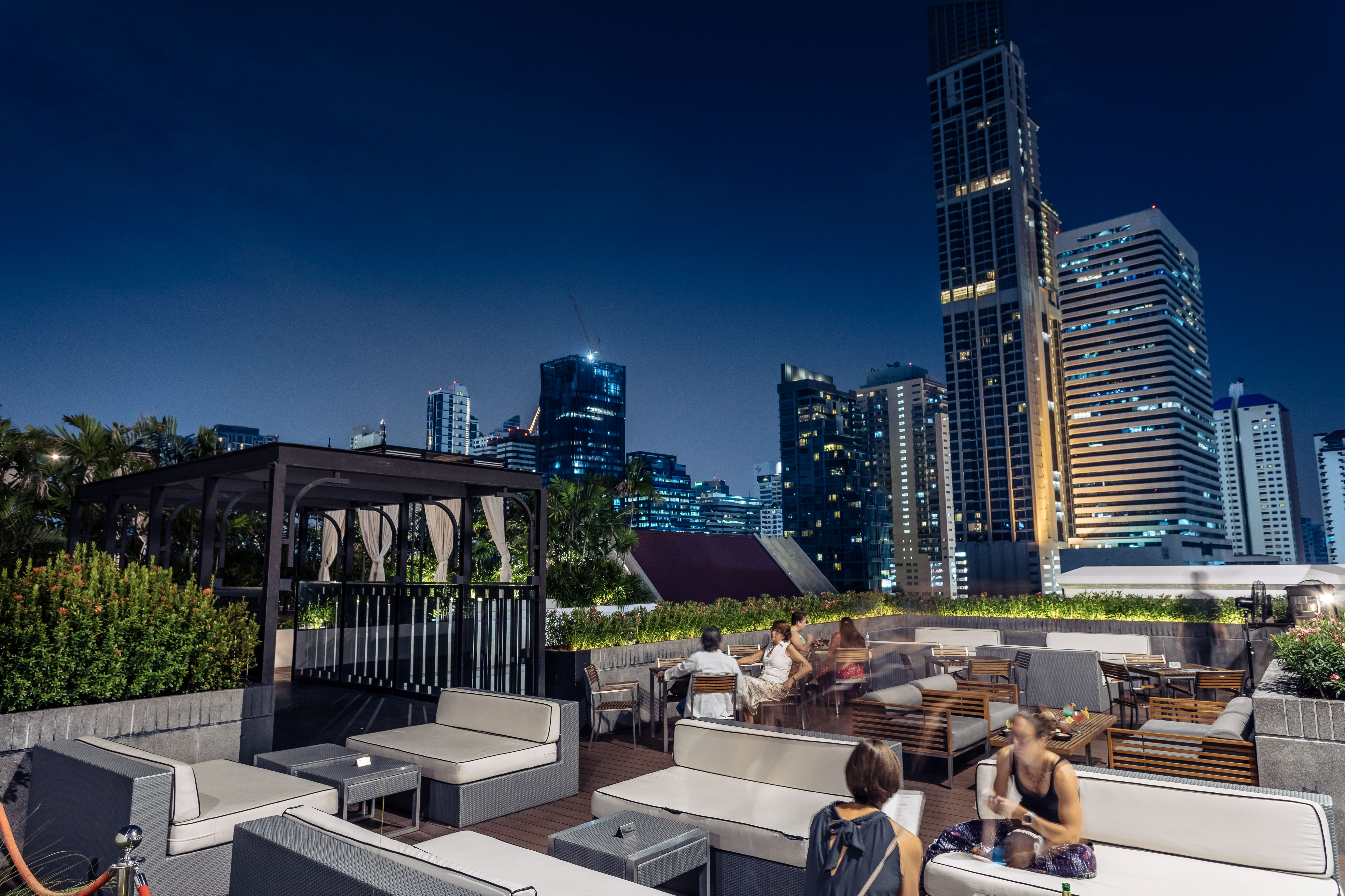 Movenpick Hotel Sukhumvit 15 Bangkok, Wattana