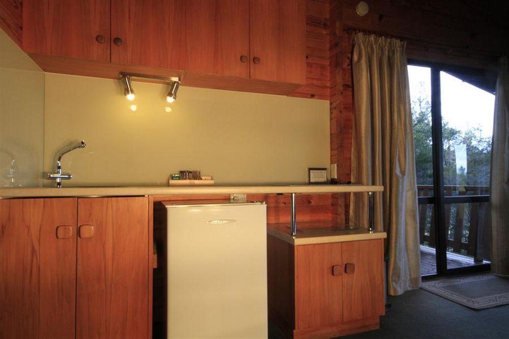 Kimi Ora Spa Resort, Tasman