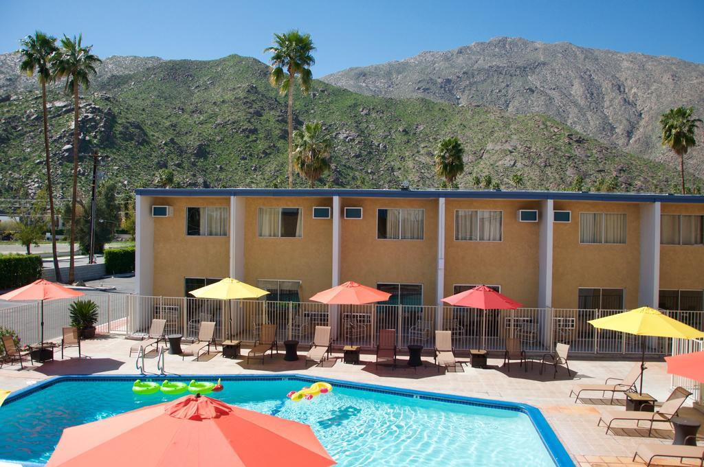 Travelodge Palm Springs, Riverside