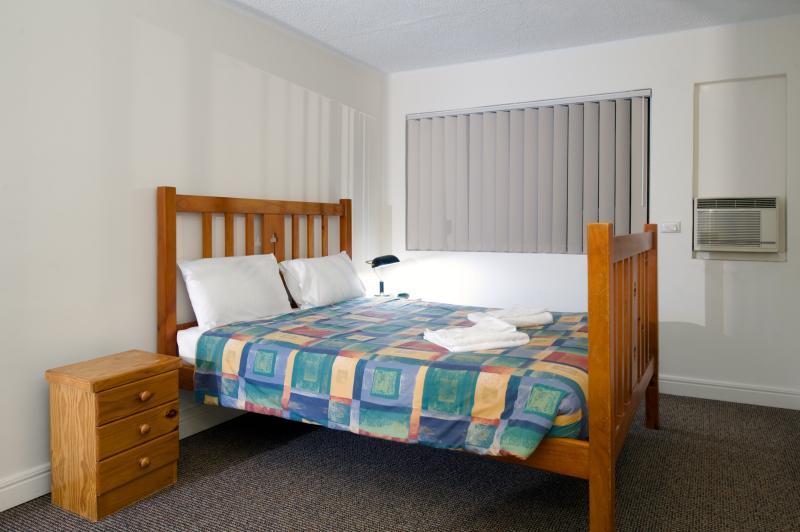 Aabon Apartments & Motel, Wooloowin