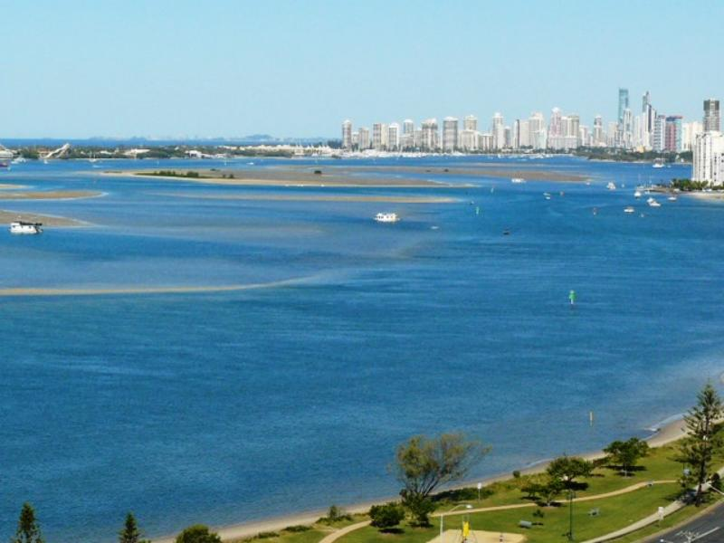 Broadwater Shores, Paradise Point-Runaway Bay