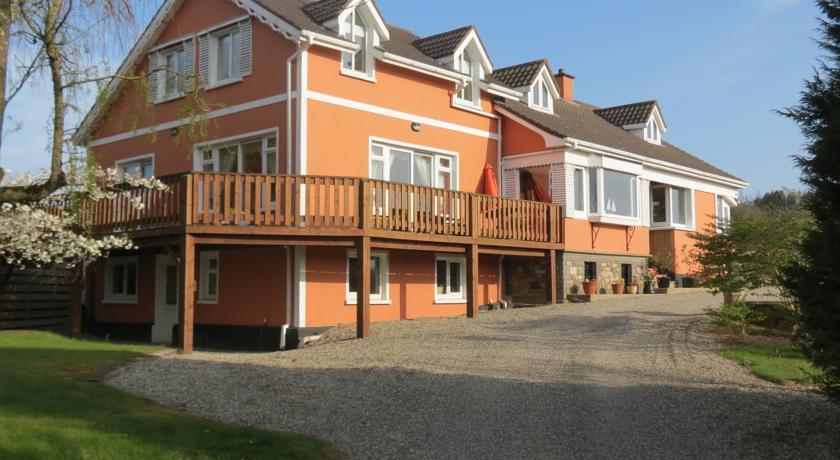 Ferrycarrig Lodge,