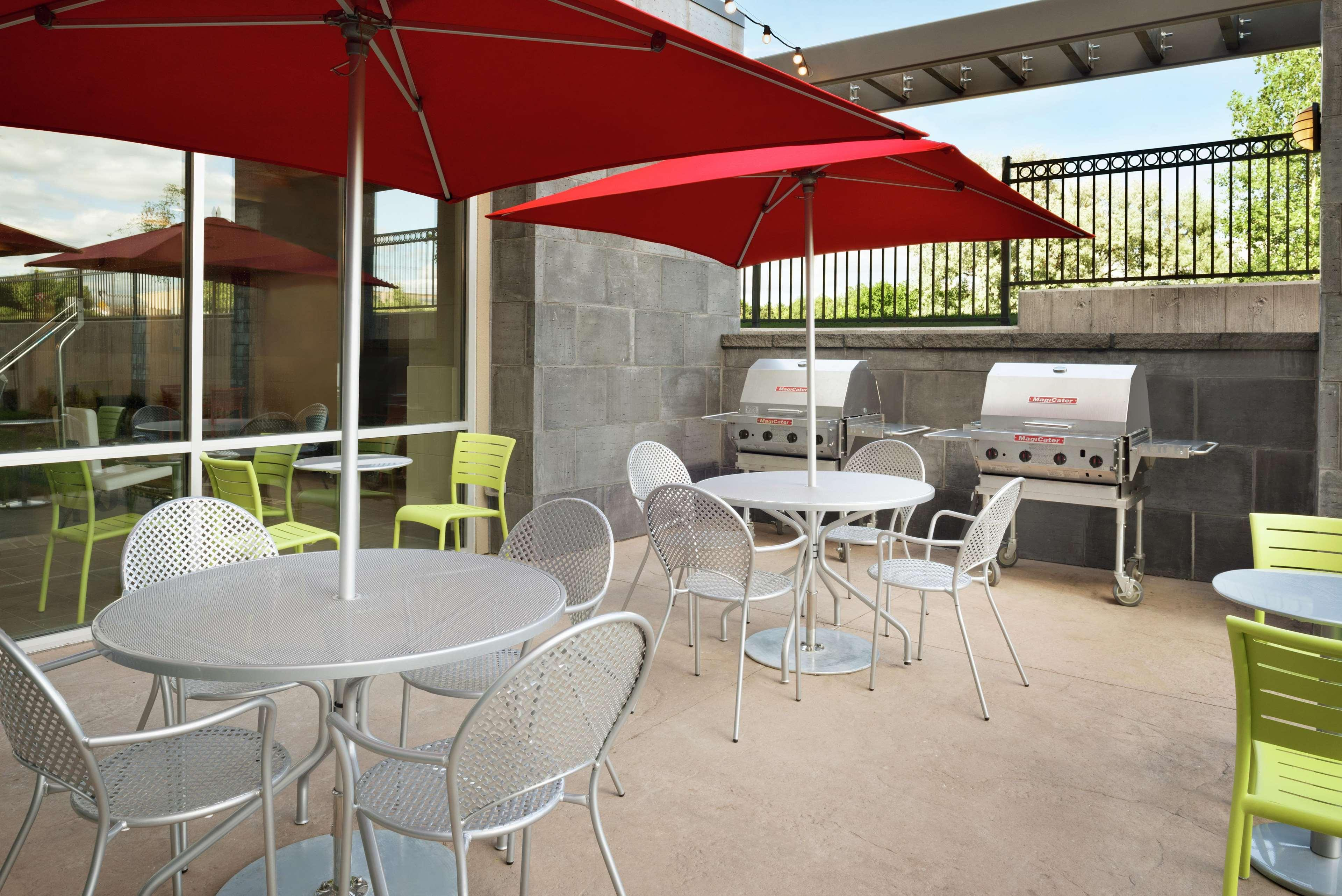 Home2 Suites by Hilton Minneapolis / Roseville, MN, Ramsey