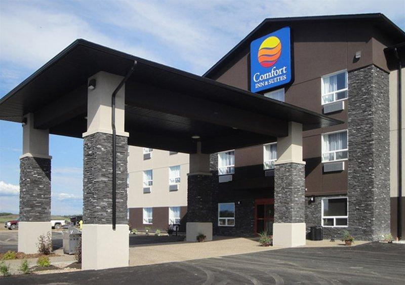 Comfort Inn & Suites, Division No. 12