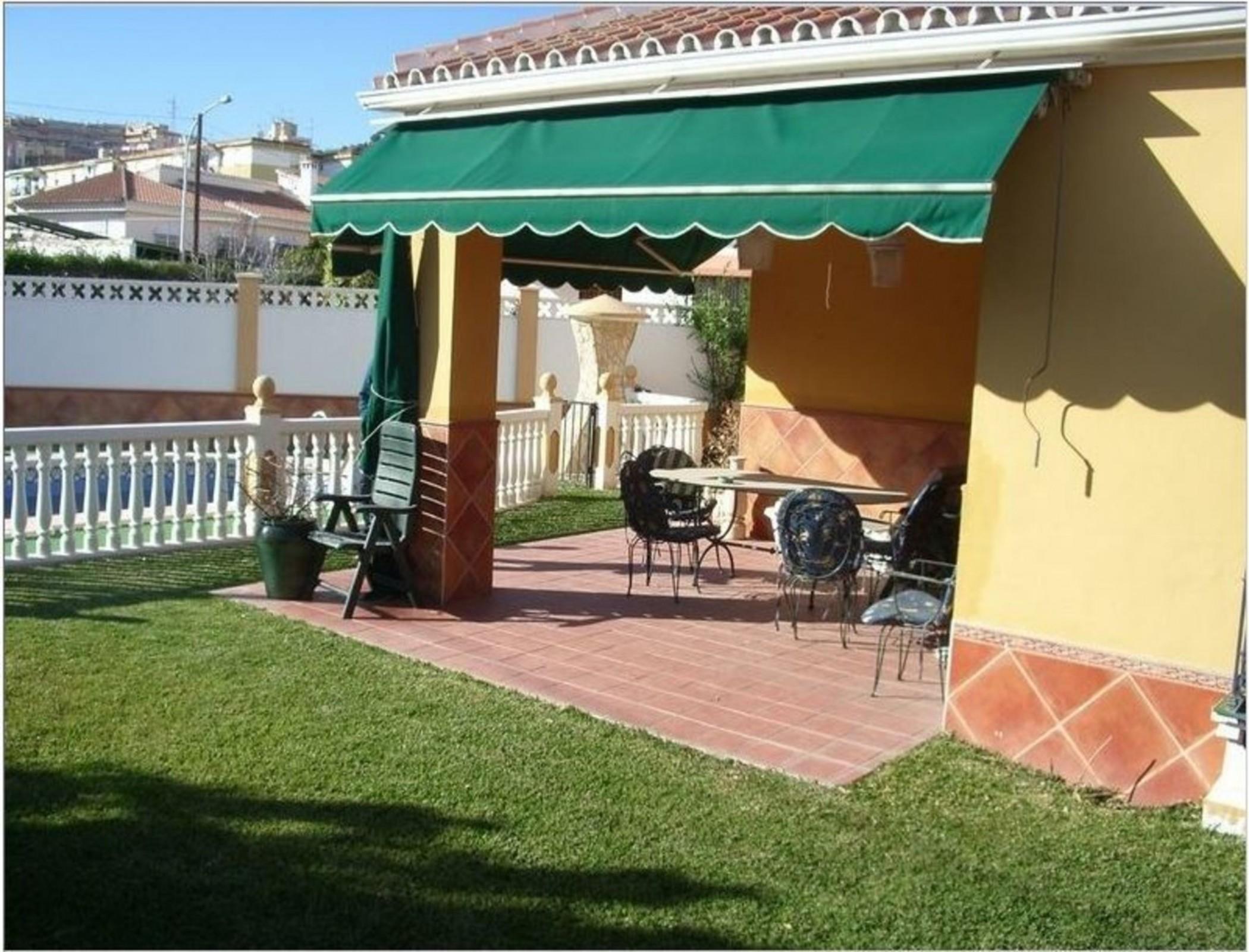 Villa in Rincon de la Victoria, Malaga 102499, Simanjiro