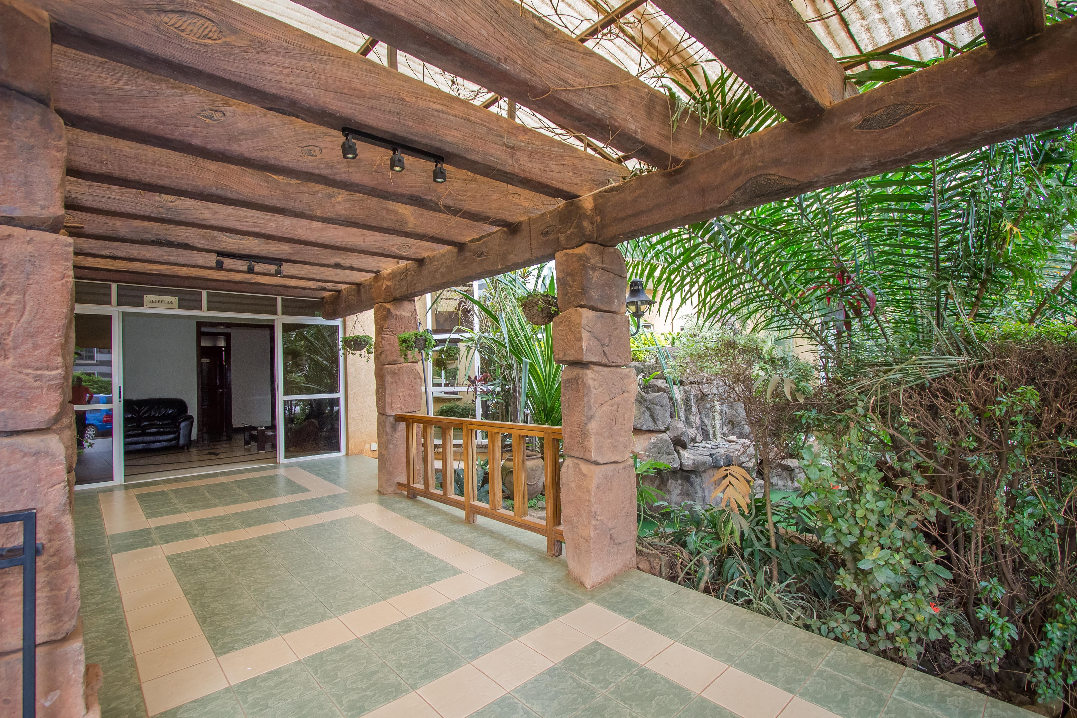 City Royal Hotel Resort, Kampala