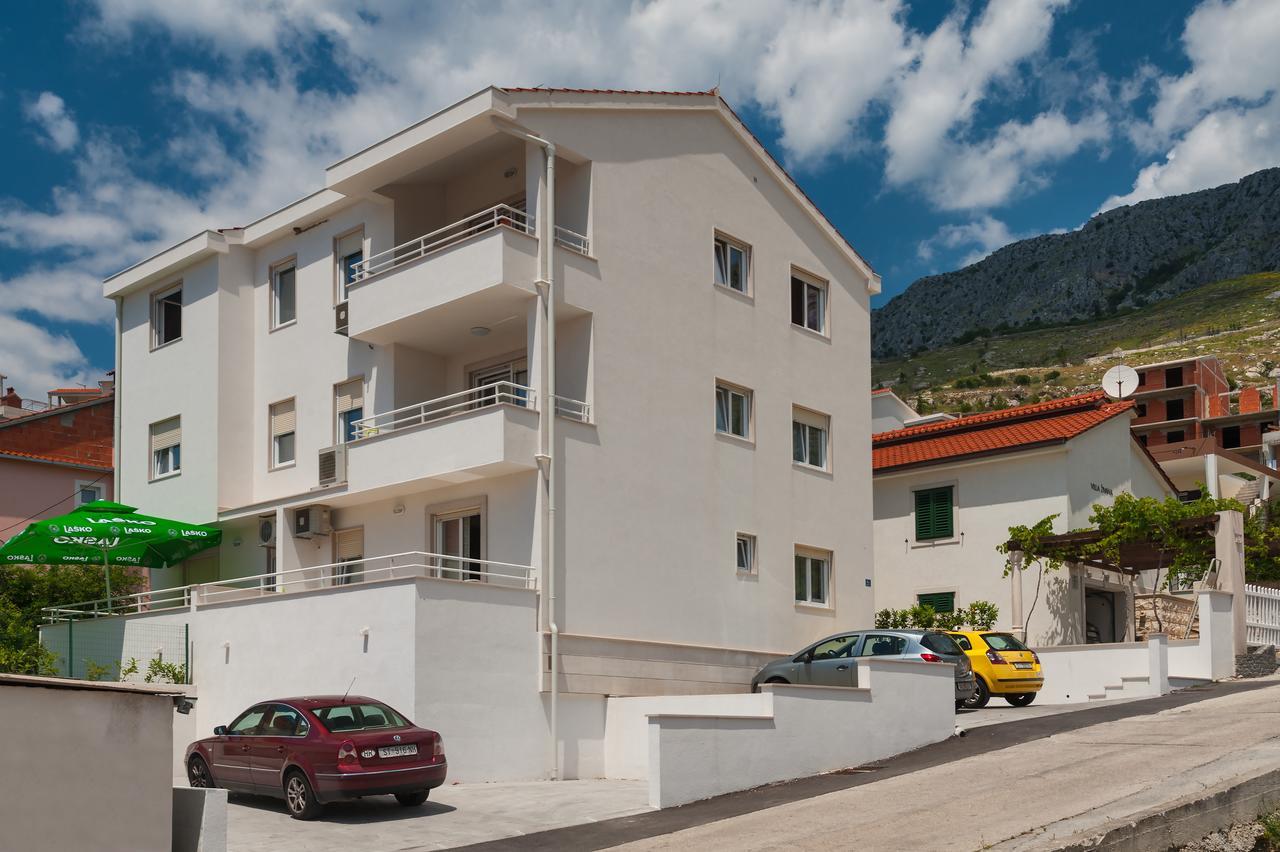 Apartments Maja