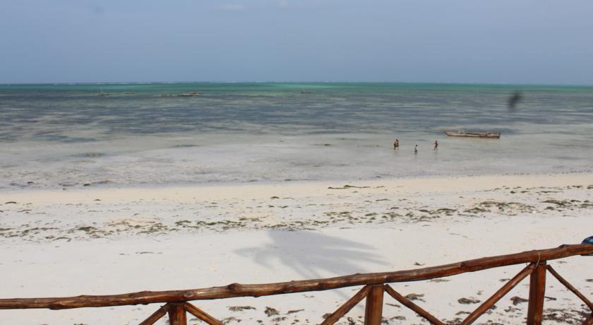 Nyamkwi White Sand