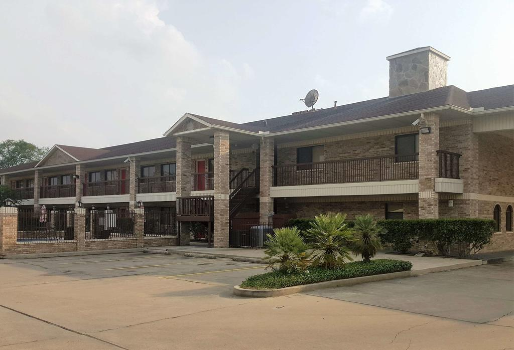 Red Roof Inn Conroe North - Willis,