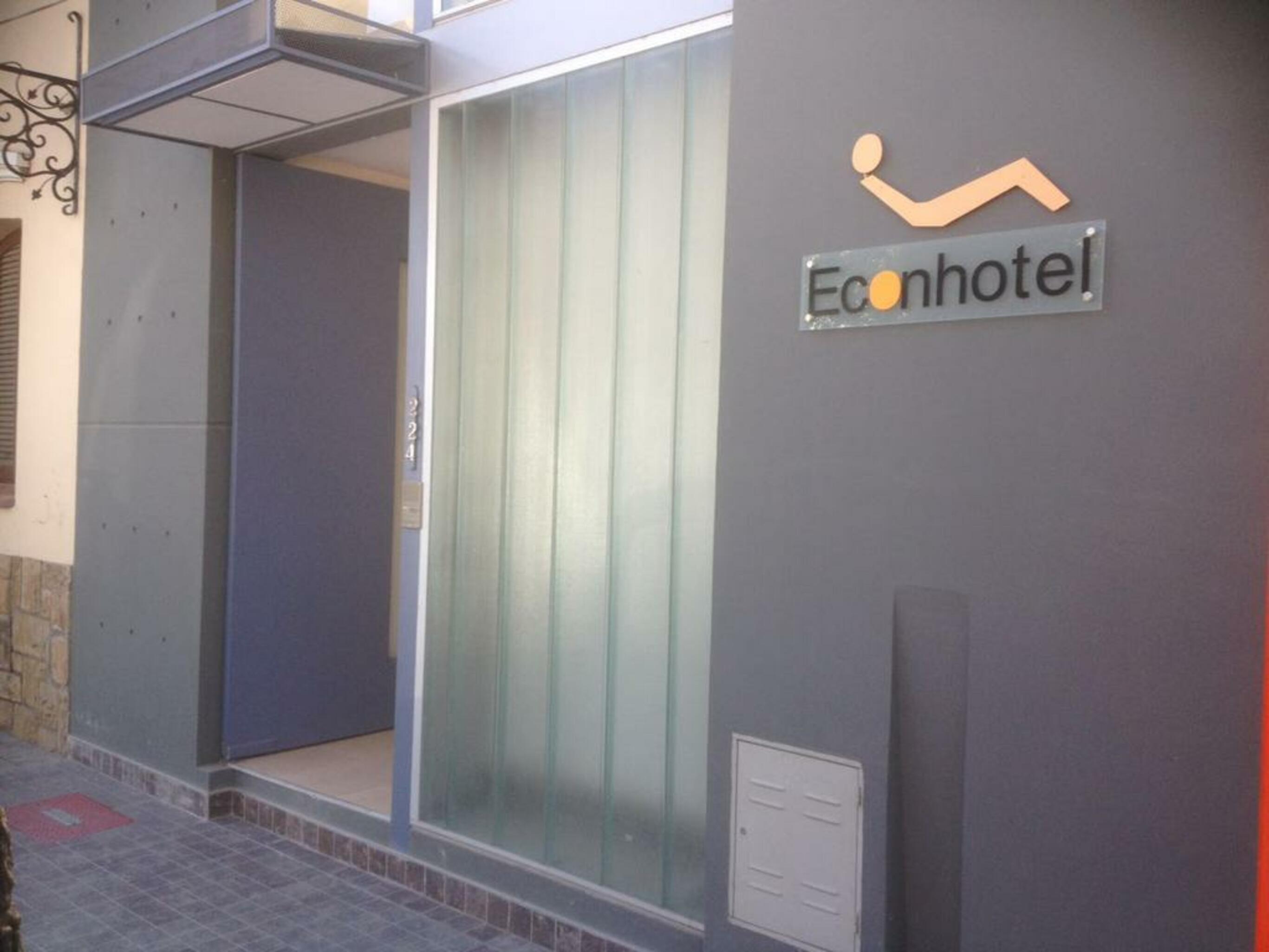 Econhotel, Capital