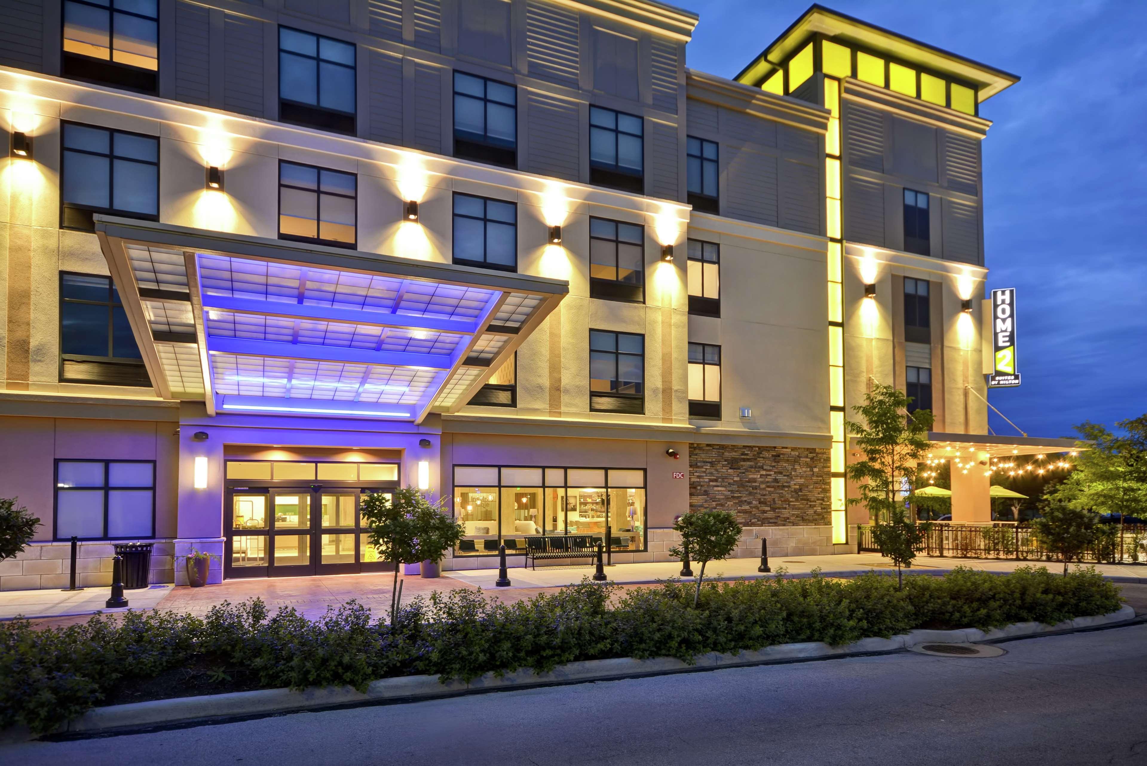 Home2 Suites Perrysburg, OH, Wood