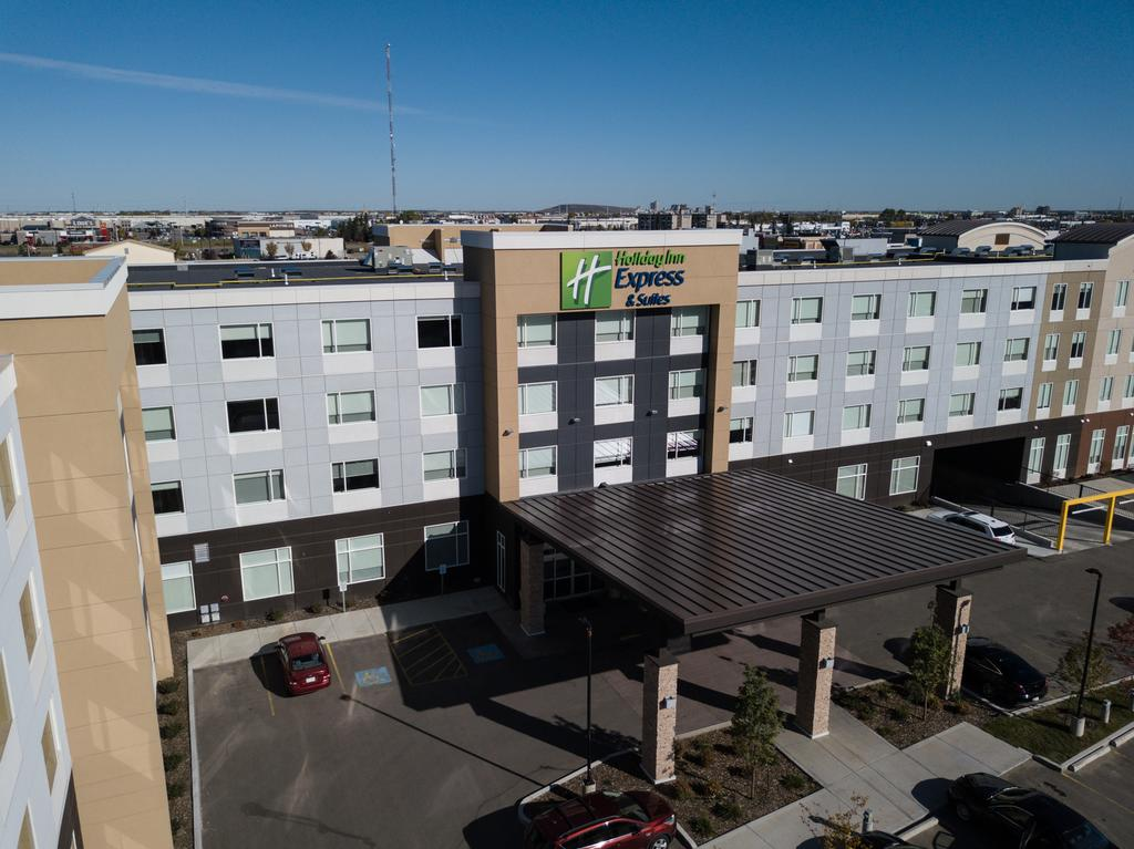 Holiday Inn Express and Suites West Edmonton-Mall, Division No. 11