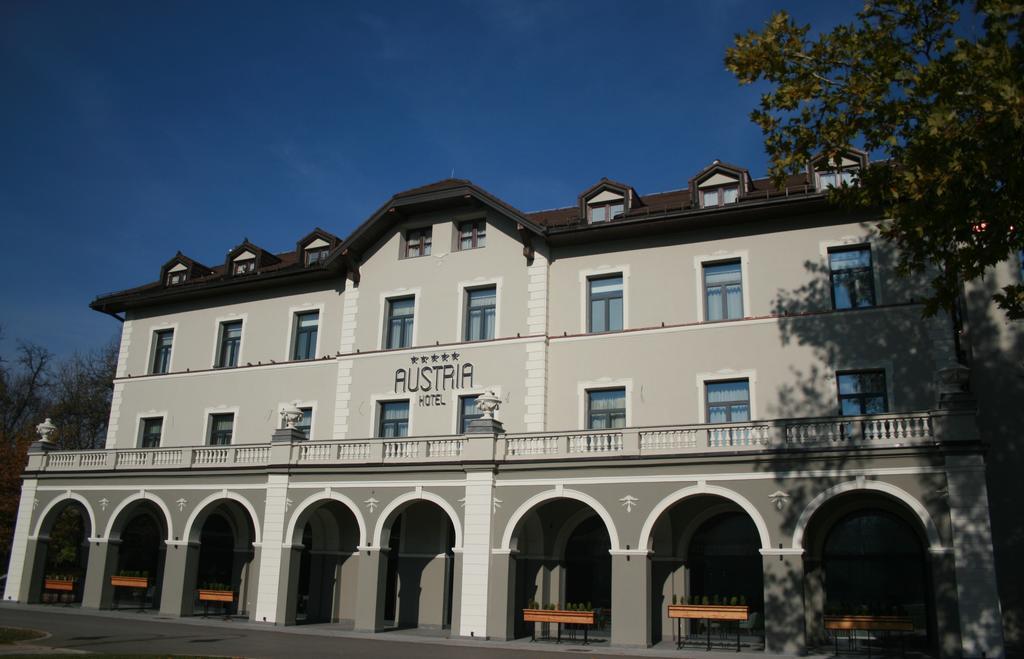 Hotel Austria & Bosna, Zvečan