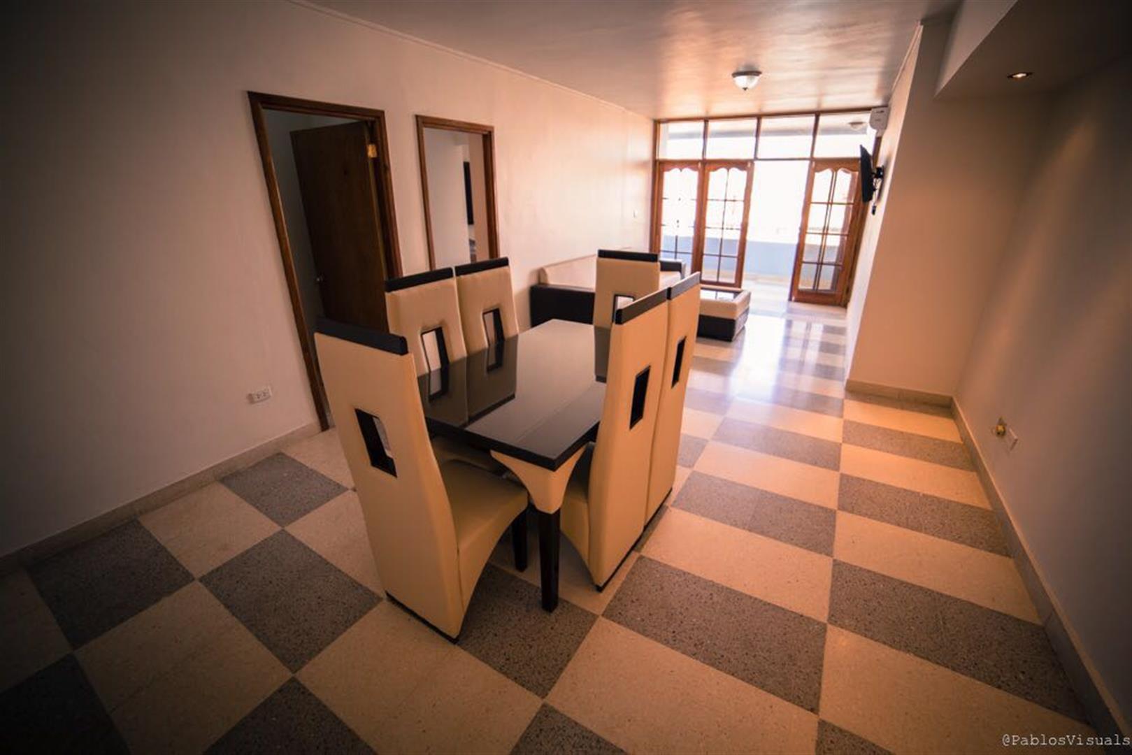Apartamento 4TO Piso Malecon, Plaza de la Revolución