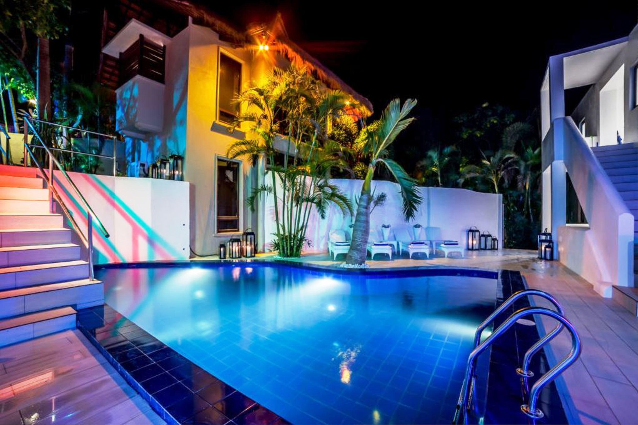 Den Pasar Boracay Luxury Apartments, Malay