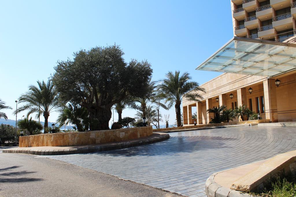 Golden Tulip Jiyeh Marina and Resort, Chouf
