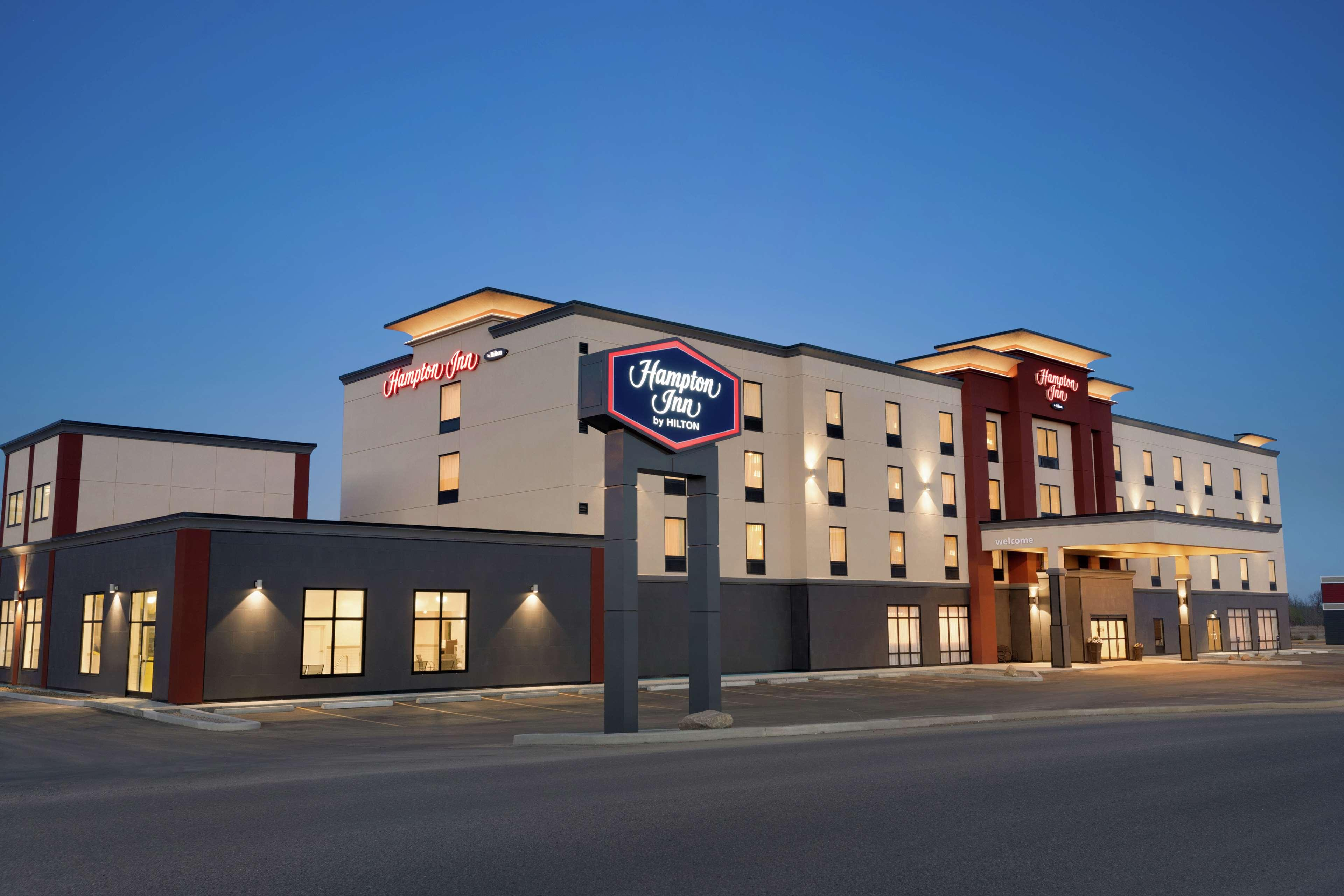 Hampton Inn St Paul, Division No. 12