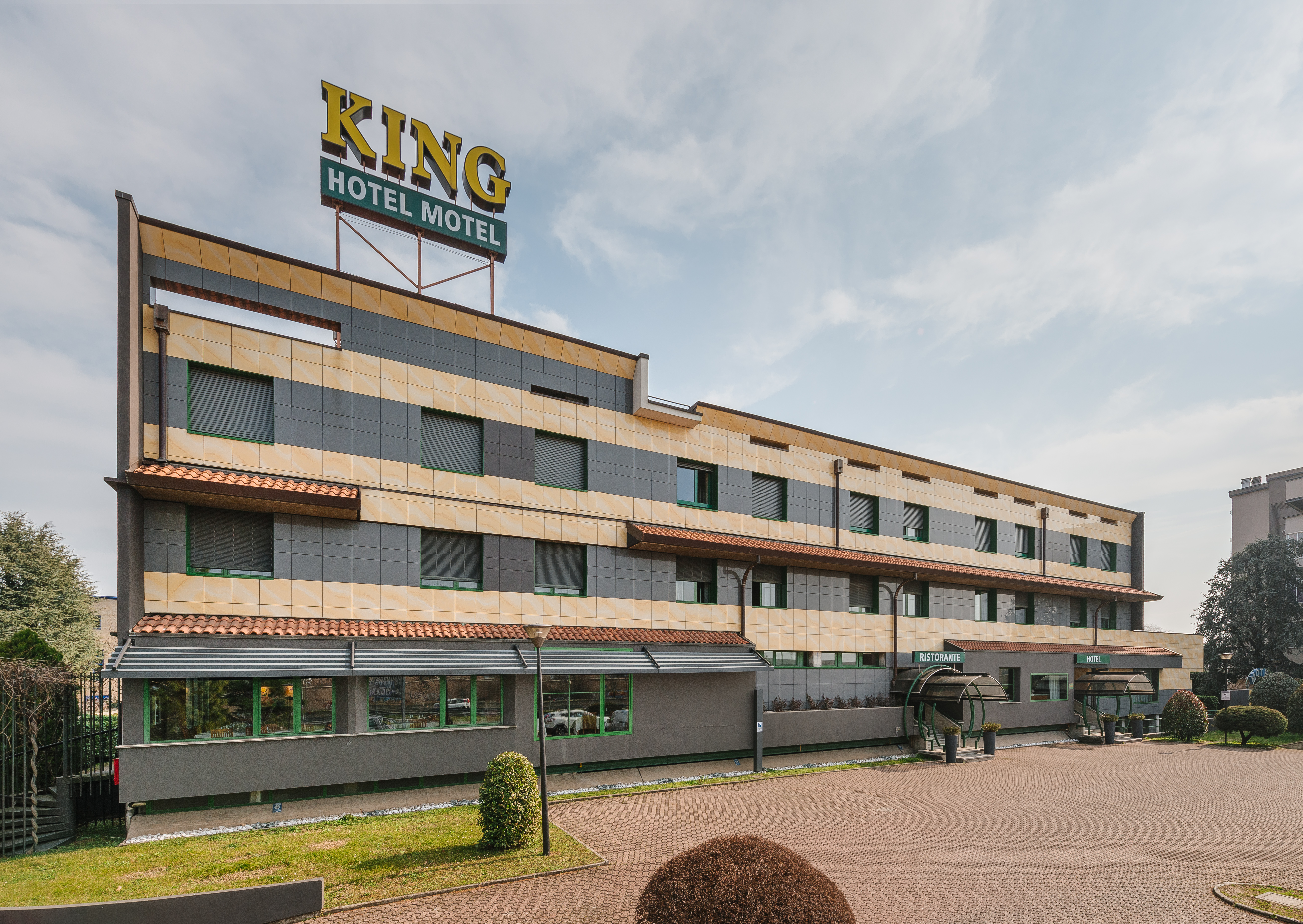 King Hotel, Monza and Brianza