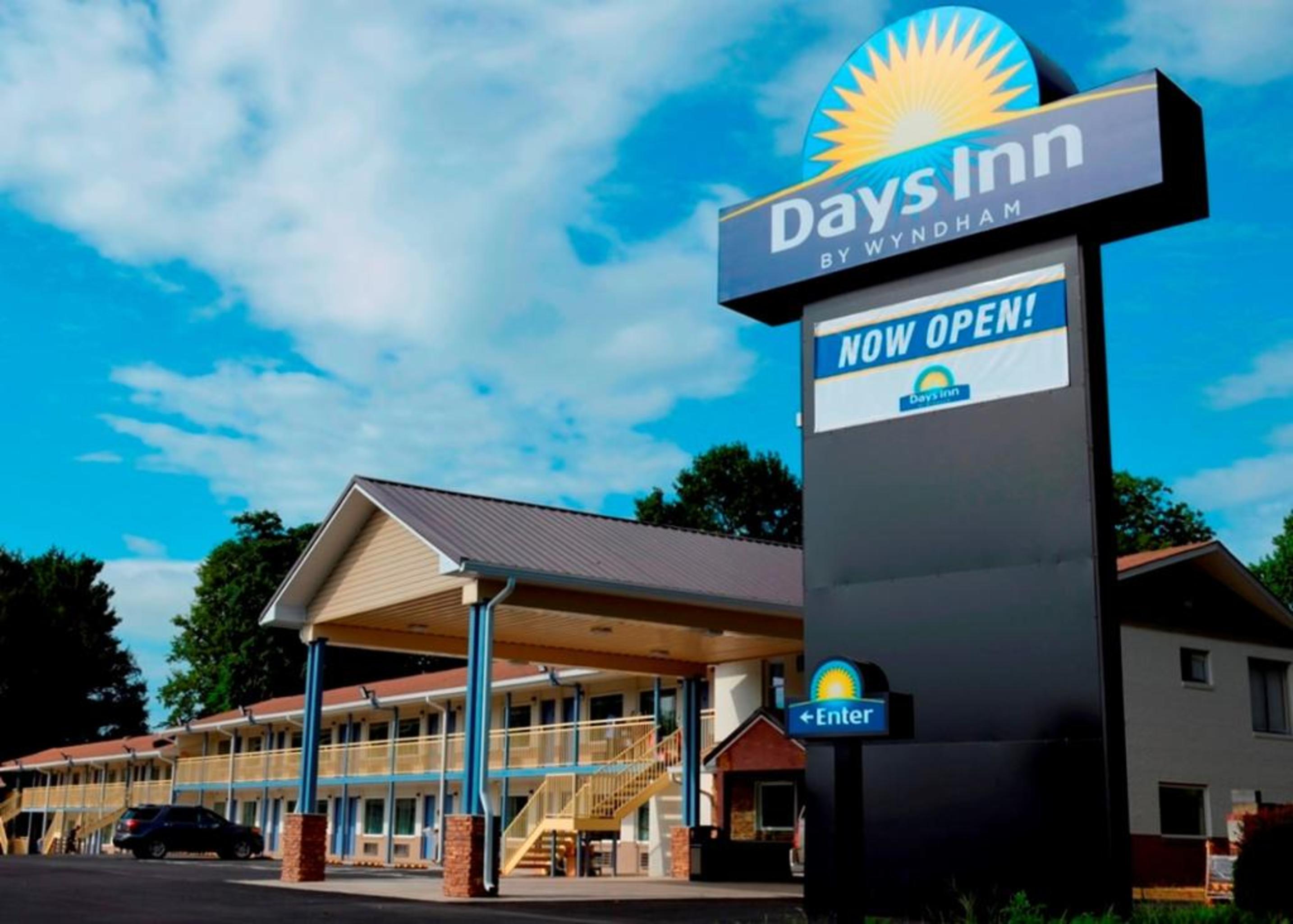Days Inn by Wyndham Charles Town, Jefferson