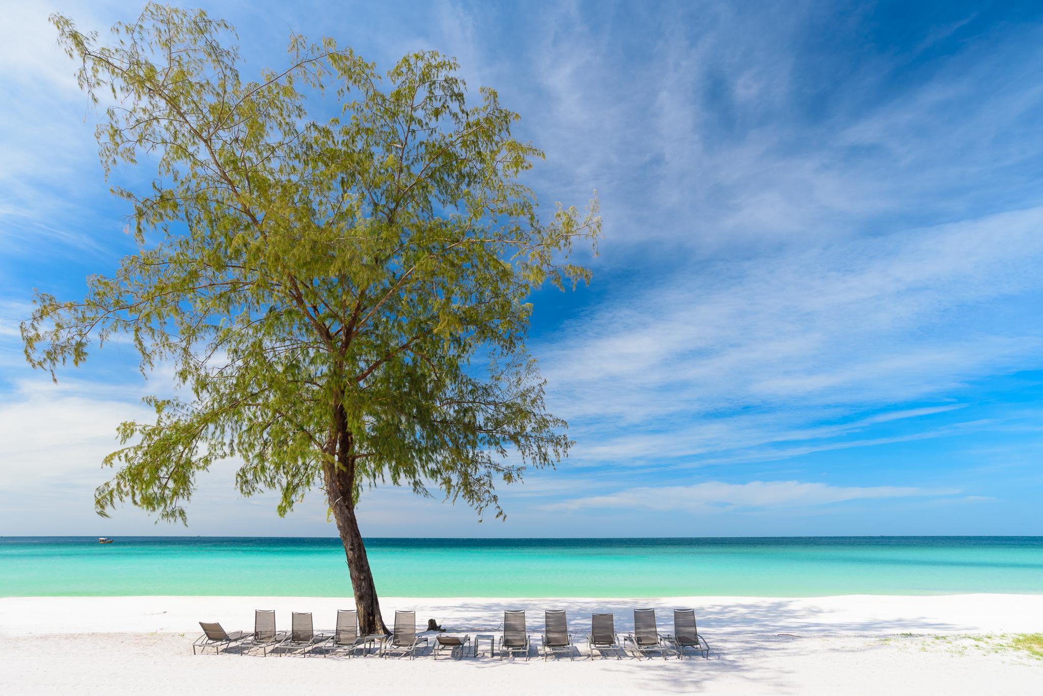 The Royal Sands Koh Rong, Botum Sakor